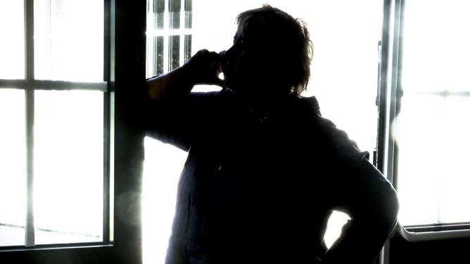 STAVERN  20130826. Erna Solberg - veien til makten Høyre-leder Erna Solberg har en, for tiden sjelden, stille stund for seg selv under valgkampen, på Politihøyskolen i Stavern.  Foto: Heiko Junge / NTB scanpix