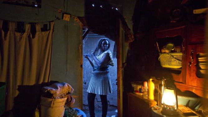 Aisha er den lokale lederen for slummens prostituerte. Foto: Sofi Lundin