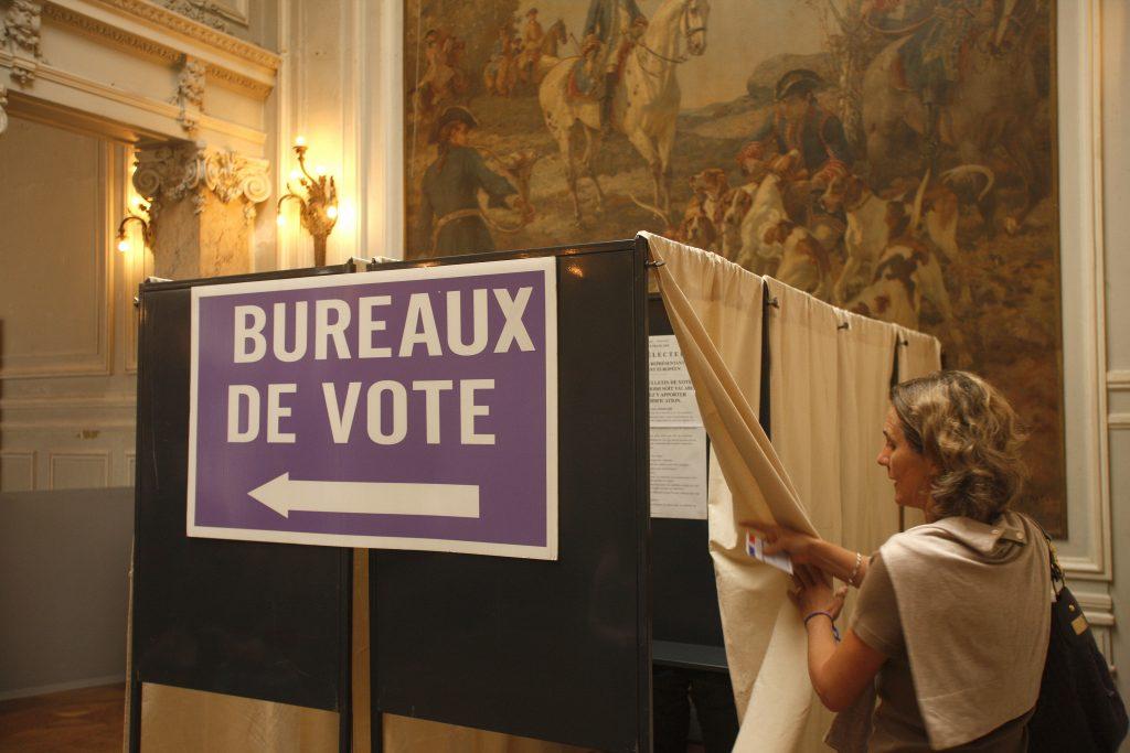 bureau de vote (002)