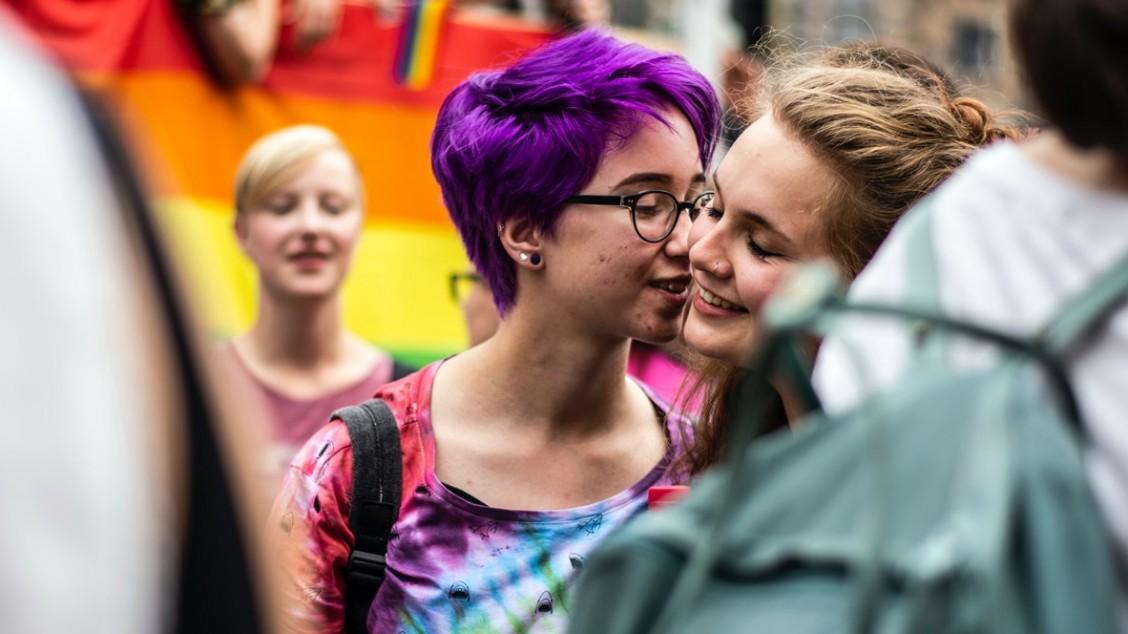 Lesbisk salong sex