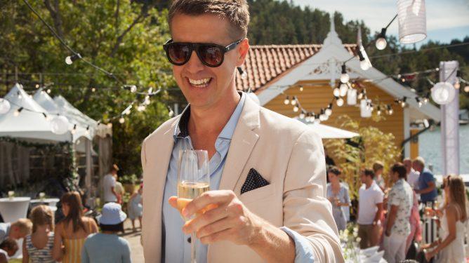William (Pål Sverre Hagen) i NRKs serie Exit