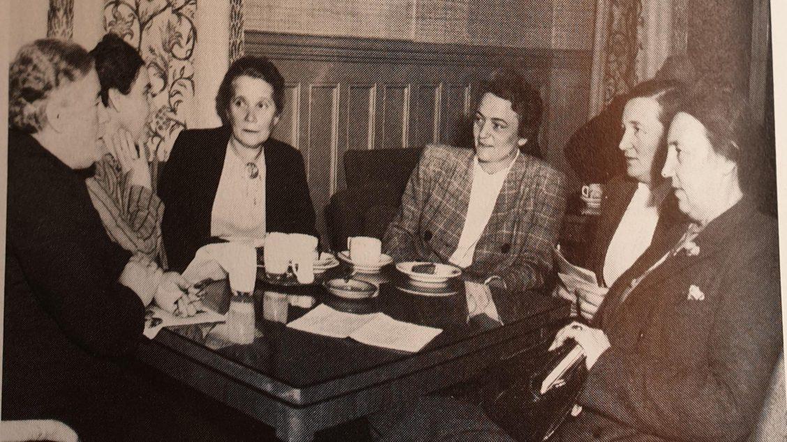 Konversere Vintage Kvinner Vintage Konversere Vintage