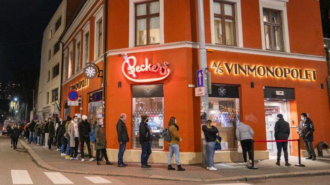Folk flokker til Oslo, mens storbyer andre steder opplever flukt.