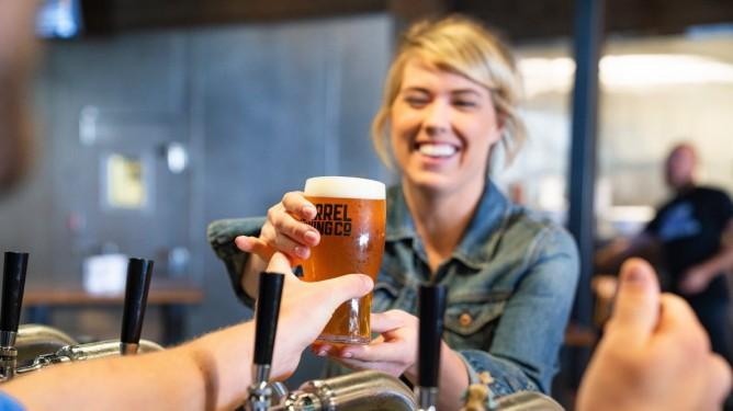 øl, bar, restaurant